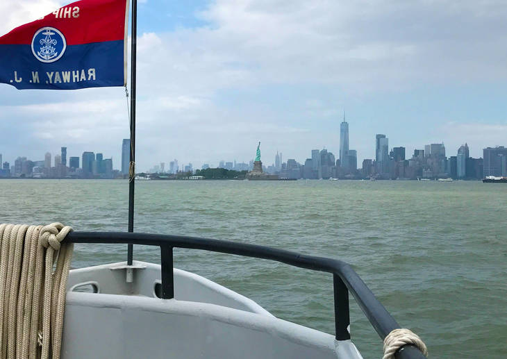 21dbba061439c5198a43_NYC_skyline_and_Lady_Liberty_Photo_5.jpg