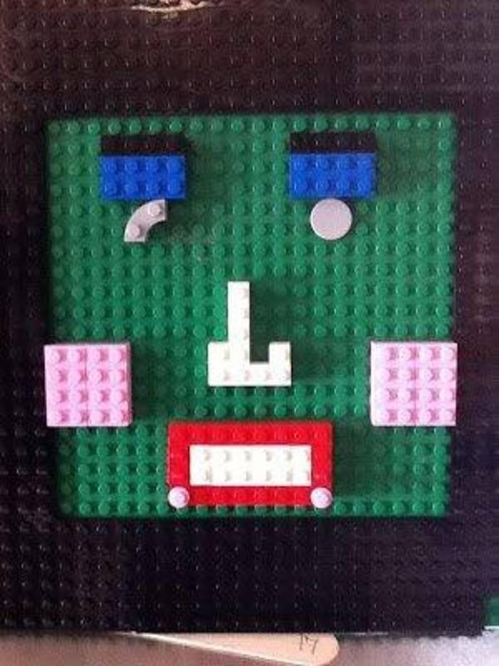 226168b252e0a966468a_Lego_Club_at_HH_Library.jpg