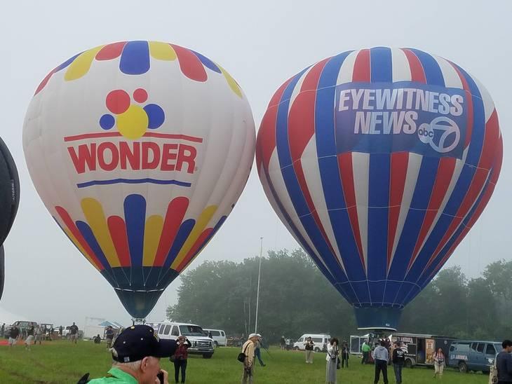 230d6b1150f7efbb21c9_balloon1.jpg