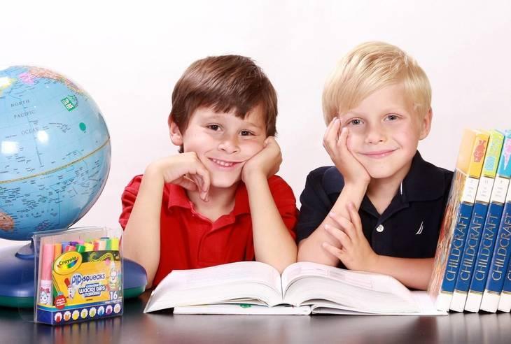 240a42d9a67848c049d3_schoolchildren_-_Edited.jpg