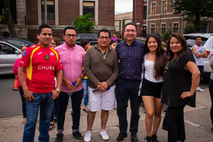 244559fd55158cd8e5f0_EcuadorianFlagRaise-127.jpg