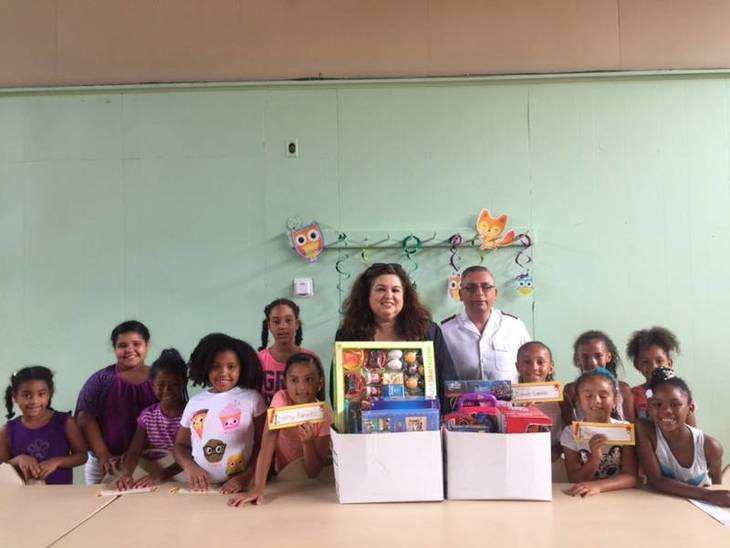 2453f488992b5d605c78_Annette_Quijano_with_Salvation_Army_of_Elizabeth.JPG