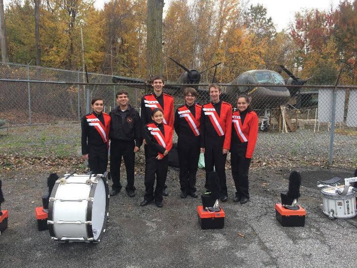 262aed8cfb33b9b1b2b6_2017_vets_day_HHHS_marching_band_percussion.jpg