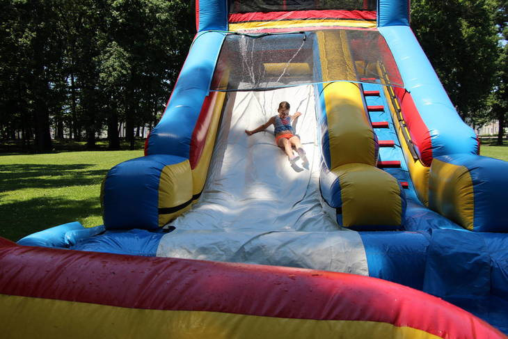 292e5291d17d20f1c83d_EDIT_girl_on_water_slide.jpg