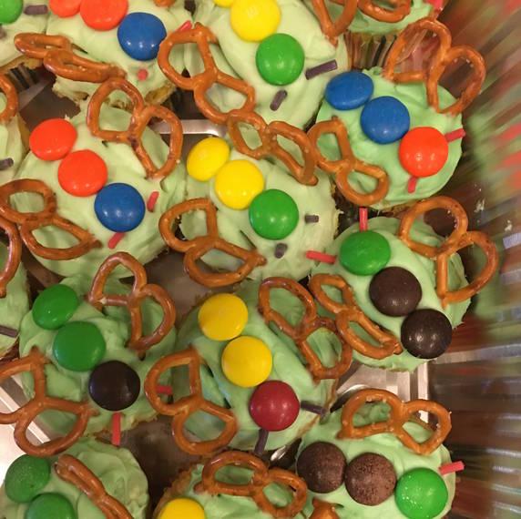 2ebaba4b249b62c3467b_5527ea41f652e694d4c8_cupcakes_2.jpg