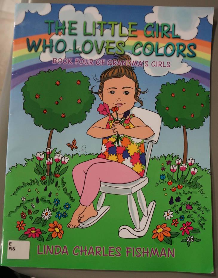 3074d297b3e527c57bf0_5_The_Little_Girl_Who_Loves_Colors.JPG
