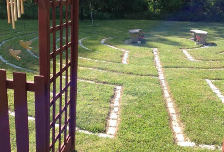 315db41f447c08d0791b_65f6e52404237aadfcf7_labyrinth.jpg