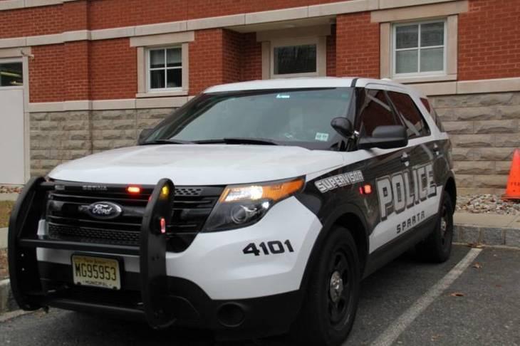 33db65c009605944b31b_6bbab311318e6ebdf02f_police_car.jpg