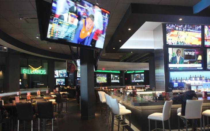 33e22ef60f9c1932b0eb_Dave_and_Busters_Bar_a.JPG