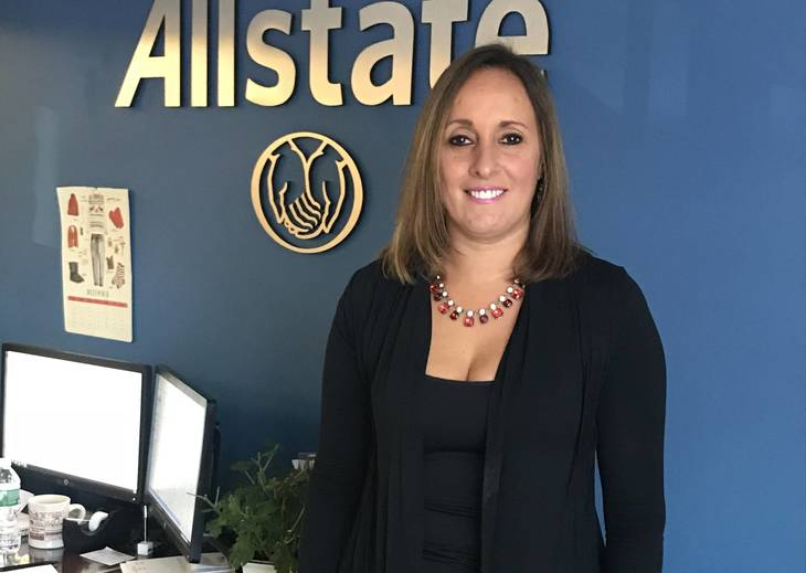 Mahopac Community is in Good Hands for 25 years with Amy Zingarelli at Allstate