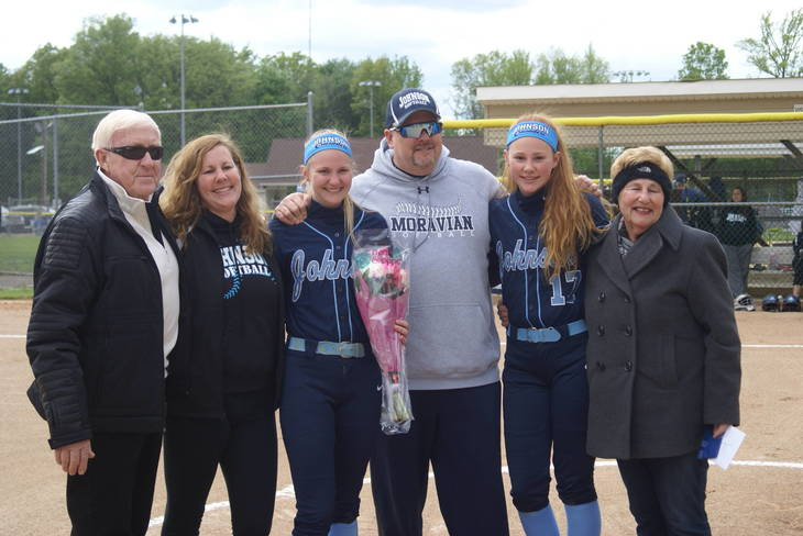3779c50054eff5983467_Johnson_Varsity_Softball_Senior_Day__2.JPG