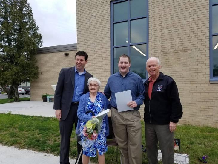 3a1fb9ba7af534dcad03_Eleanor_with_Mayor_and_Senator.jpg