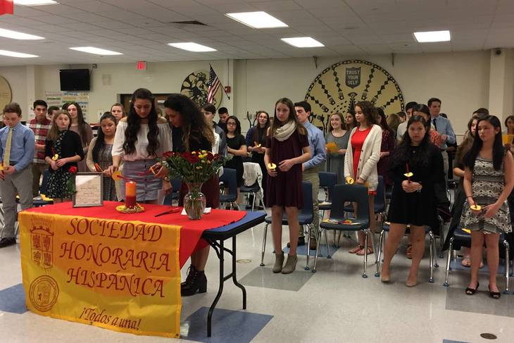 3cc2bbdc1744faf82ae9_924f0c4a438780ca1035_Spanish_Society_at_Inducts_New_Members.jpg
