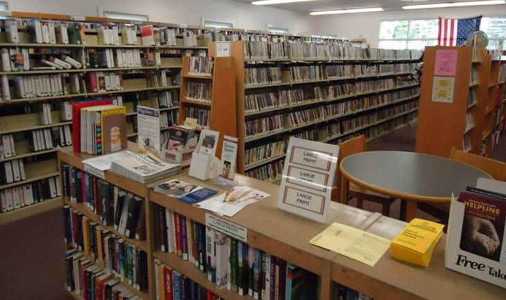 3d05ad3a322cde9a8c70_Berkeley_Heights_NJ_public_library_books_and_shelves_1_.jpg