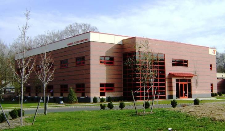 3da012fed10107c5a0d6_YMCA_building.jpg