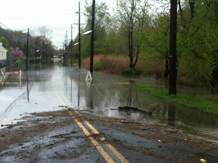 3db69e28dcc996326272_New_Market_Ave_Flooding.JPG