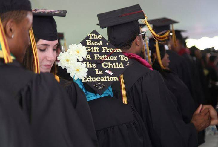 3eb37624e6e9c9a530b9_Bloomfield_College_BC_Graduation_2017_f.JPG