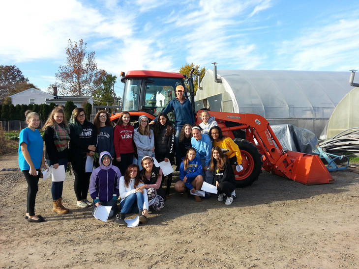 40404ae5d74726552799_Sow_What_Dreyer_Tractor.jpg