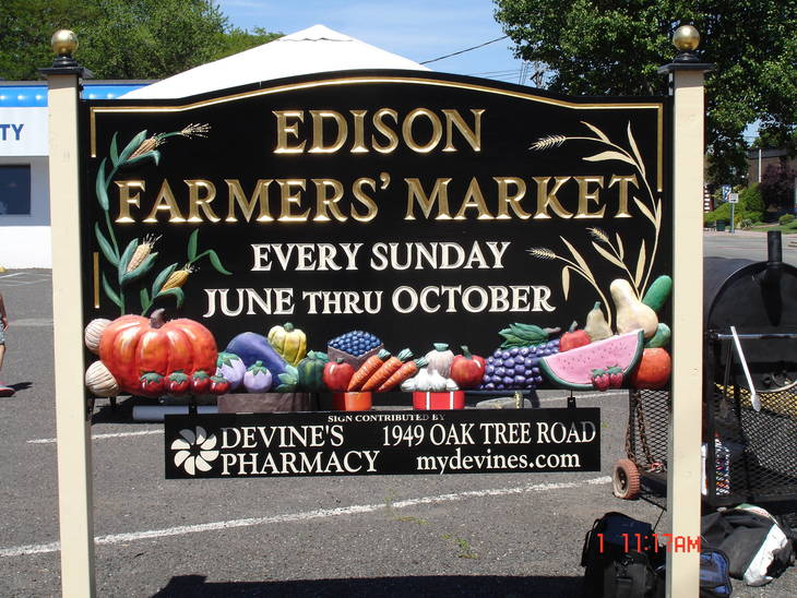 427c593f44bbaa16e6ba_farmers_market.JPG