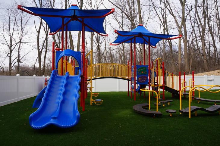 45121a6f99a4b0d5d90f_a_playground.JPG