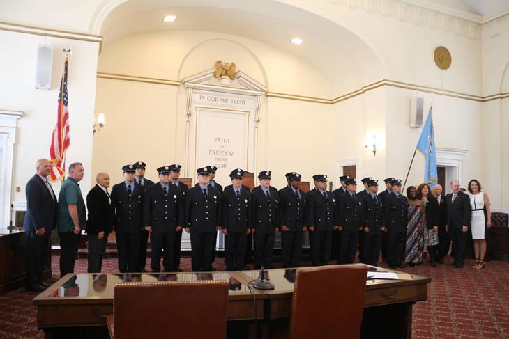 45da8d28285219639113_elizabeth_fire_department_graduation_5.JPG