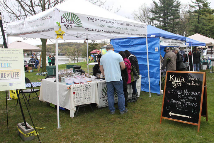 4678d90c1a35b4491a66_4ab84972ed921c4b25a6_Craftors__businesses__community_groups_and_non-profits_are_welcome_at_the_5th_Annual_Lake_Hopatcong_Block_Party.jpg
