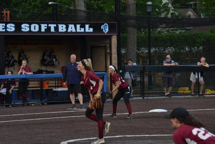 47e5d84a6688f97144ca_Mt_St_Dominic_Softball_b.jpg