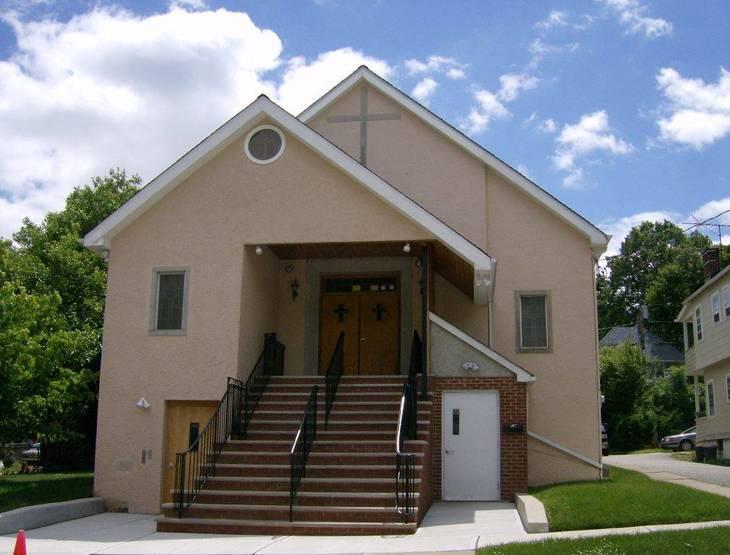 494c11351aa8586f9588_RMZ_church_large.jpg