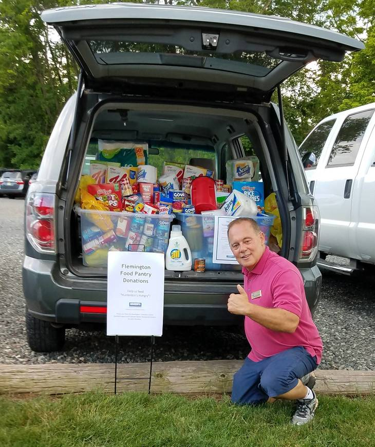49ac95bf42dcccf36650_PHOTO_2_Dean_DeStefano_car_loaded_for_Food_Pantry_.jpg