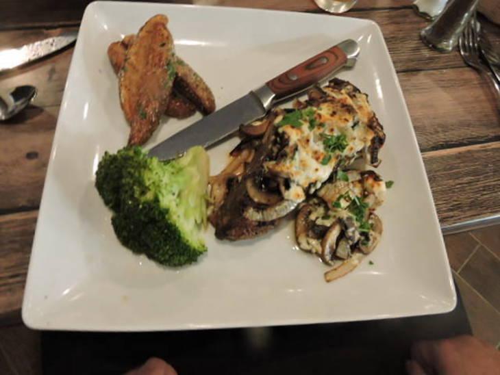 4ed2ef401a350d1d4e91_steak1.jpg