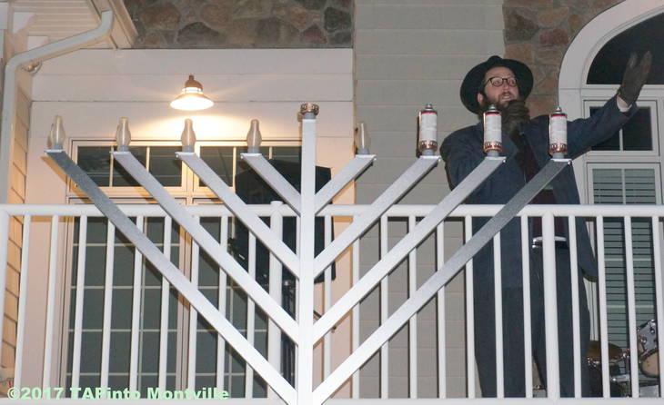 4f2b87ee68c3ec779ce7_a_Rabbi_Yosef_Spalter_speaks_about_Hanukkah__2017_TAPinto_Montville_2_.JPG