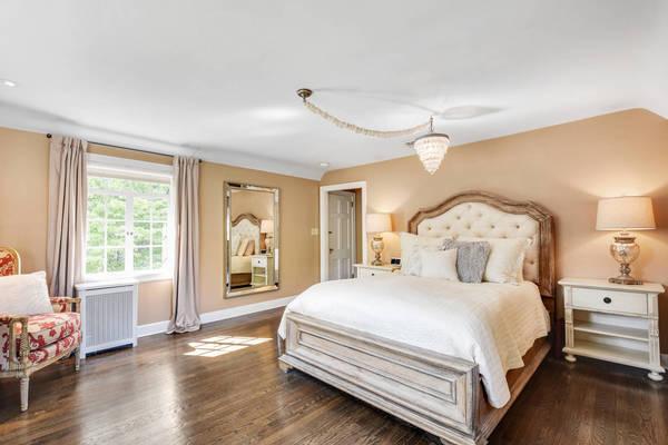 53f533633bfd0ee39d7c_14_-_Master_Bedroom.jpg