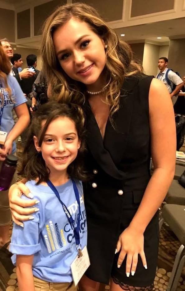 5685ab1bb5ac62a44422_Isa_and_Brec_Bassinger.jpg