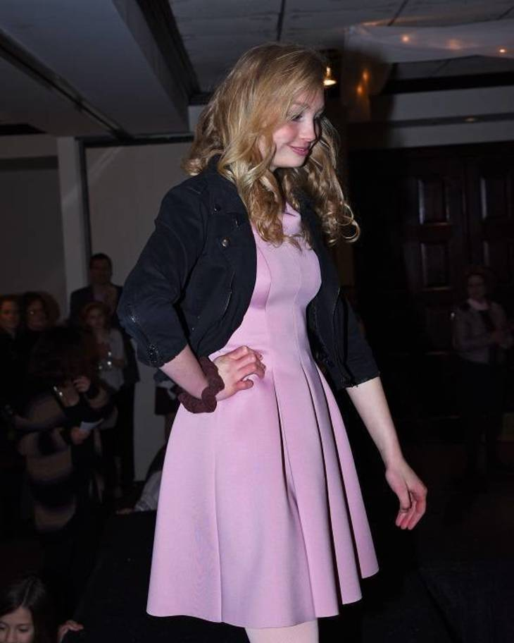 574251dd634b0ea0bdfc_Talia_Grossman_in_a_pink_party__dress_from_Lord___Taylor.jpg