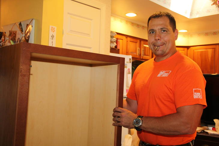 Sparta Elks and Home Depot Team Up to Improve Veteran's Home