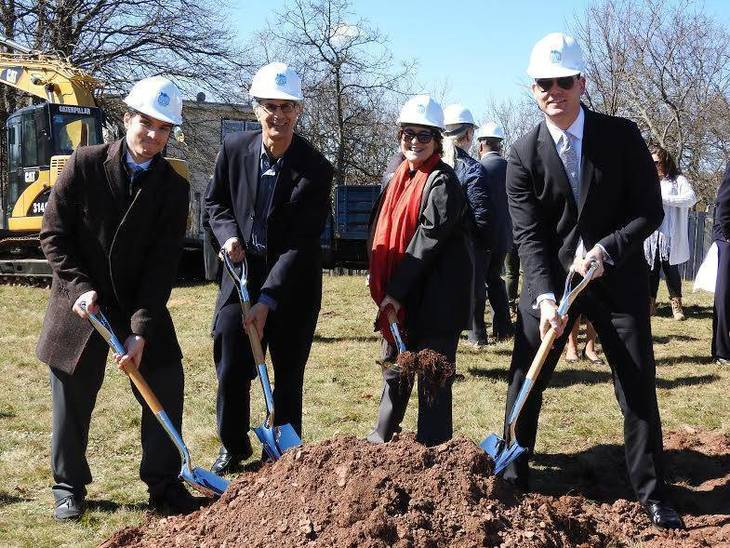 59f05bdeb59cea42e205_best_ea648e33c640034afb6b_zebra_way_groundbreaking.jpg