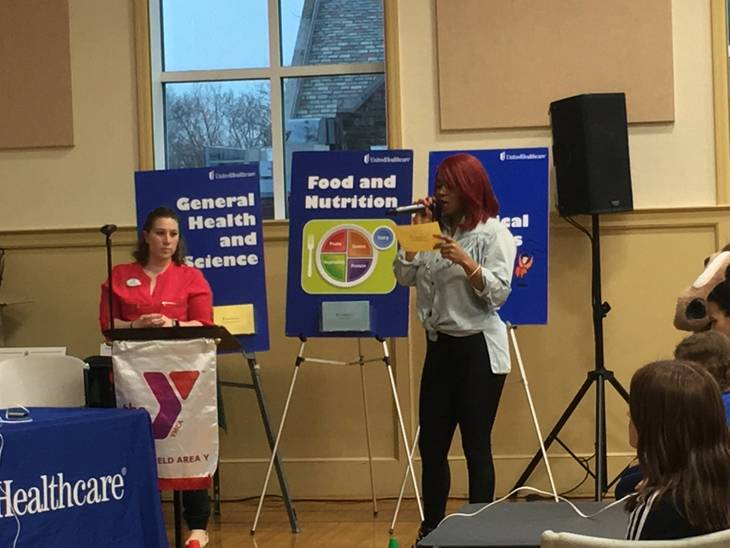 'The Voice' Finalist Ali Caldwell Hosts Health Bee at Westfield Area YMCA