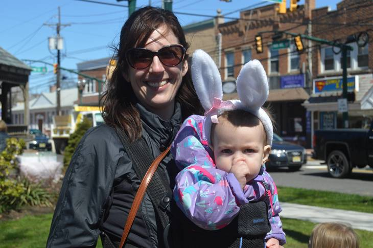 61fb65acd60de7f5d306_Dana_Ucciferri_and_Eleanora__10_months__who_is_attending_her_first_Easter_Egg_Hunt_in_Scotch_Plains.JPG