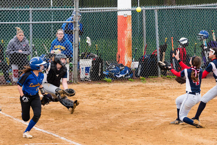 62d55feac54148bf6957_Nicole_Trezza_catches_the_pop_up_-_vs_Cranford_05.07.2017__17_of_745_.jpg