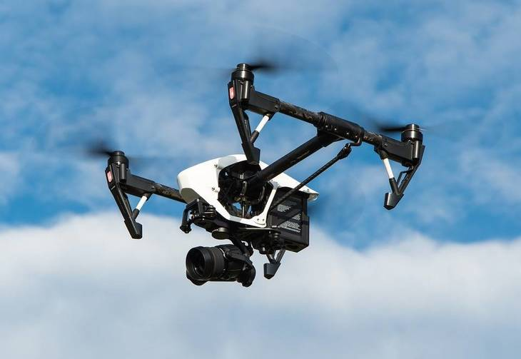 6371c9d41ad6777eff57_drone-1080844_960_720.jpg