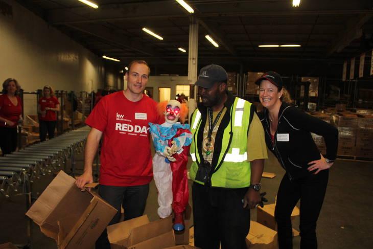 Mountainside Realtors Join Keller Williams Colleagues at Community Food Bank