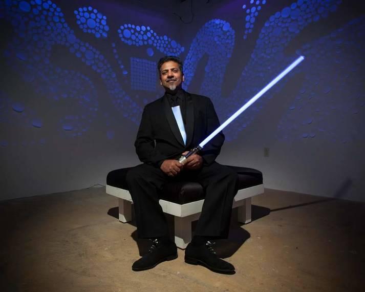 Sunil Garg brings light through art to Newark