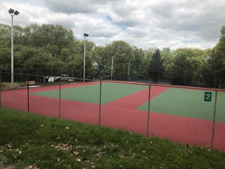 684f29a057acb64ede12_rose_tennis.jpg