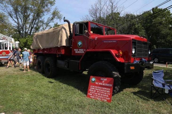 6a32841b09e3dab0d57a_touch-a-truck-2016-3.jpg