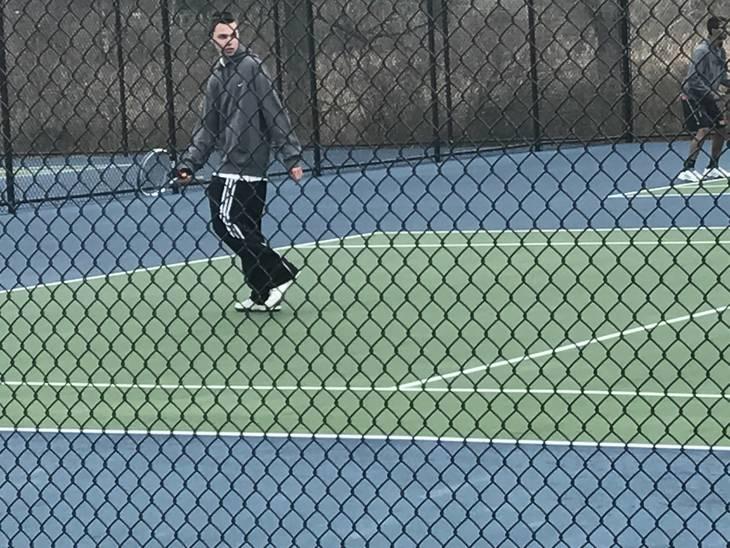 6b466dd50d36ca9414ae_boys_tennis.JPG