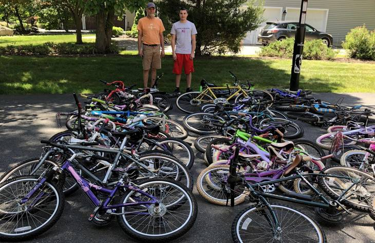 6be6dc16a38e7ffebf95_Alex_Iervolino_with_the_volunteer_from_Pedals_for_Progress_who_picked_up_the_43_bikes_he_collected_Courtesy_of_Mary_Iervolino____1..jpg