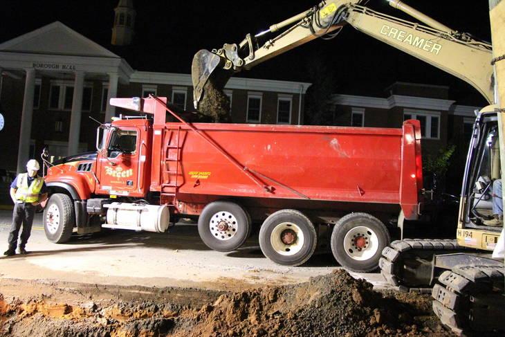 710dc9edeb33cd170d84_EDIT_dump_truck_dirt.jpg