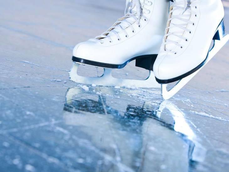 711bf75b782d19ad8a7a_skating.jpg