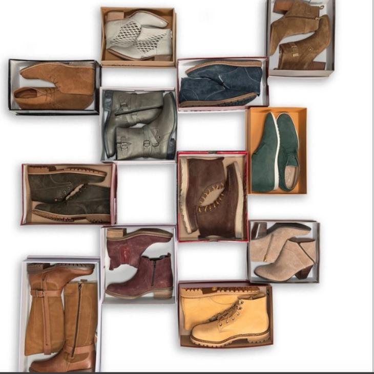 728773351d1ab373c398_sierra_trading_post_boots.jpg