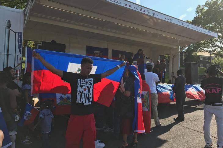 747967dfb76dfb268e2d_28f1e4c37b5b56969caf_haitian_day_2017_4.jpg